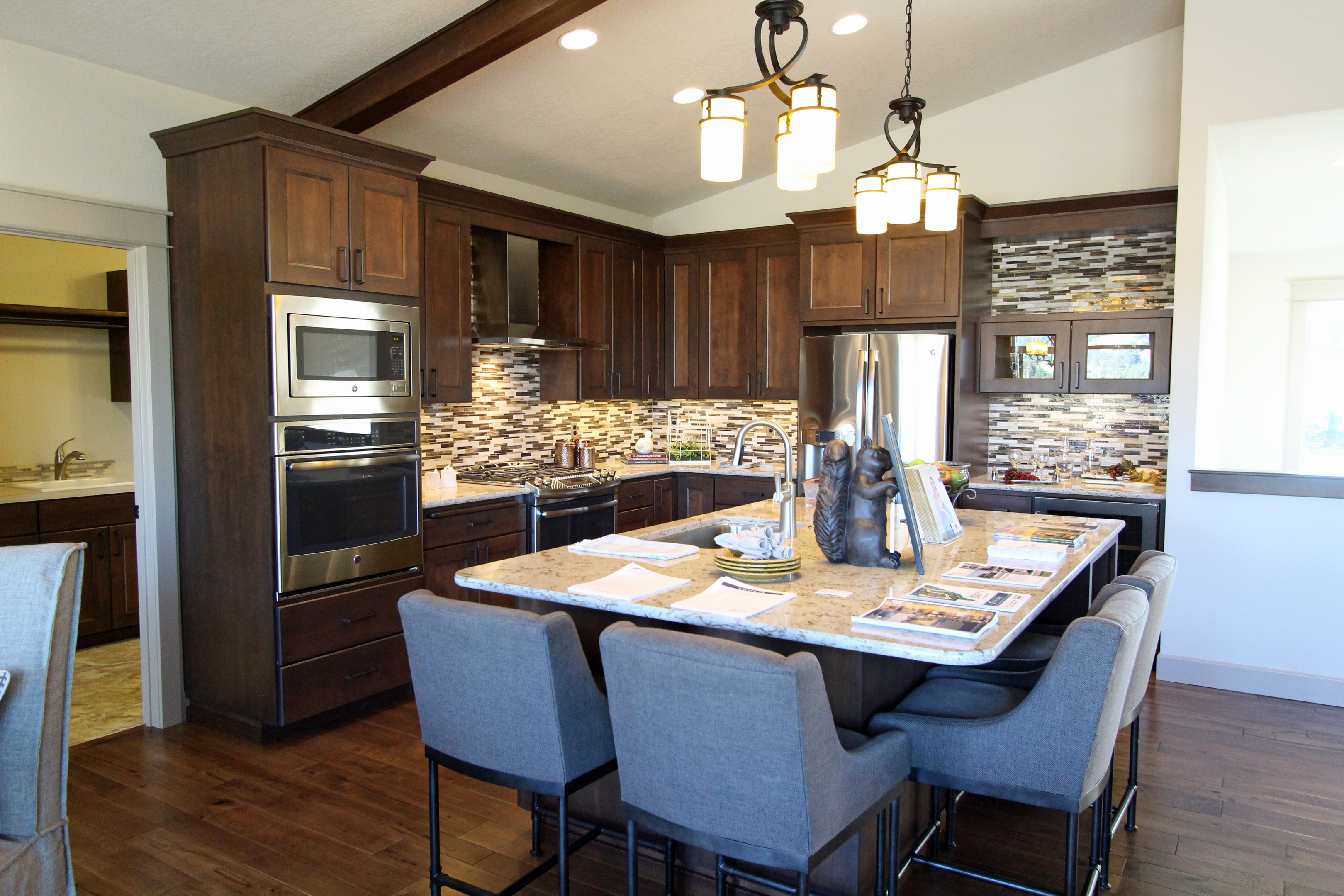 Kitchen Island With Overhang On Two Sides Design Ideas