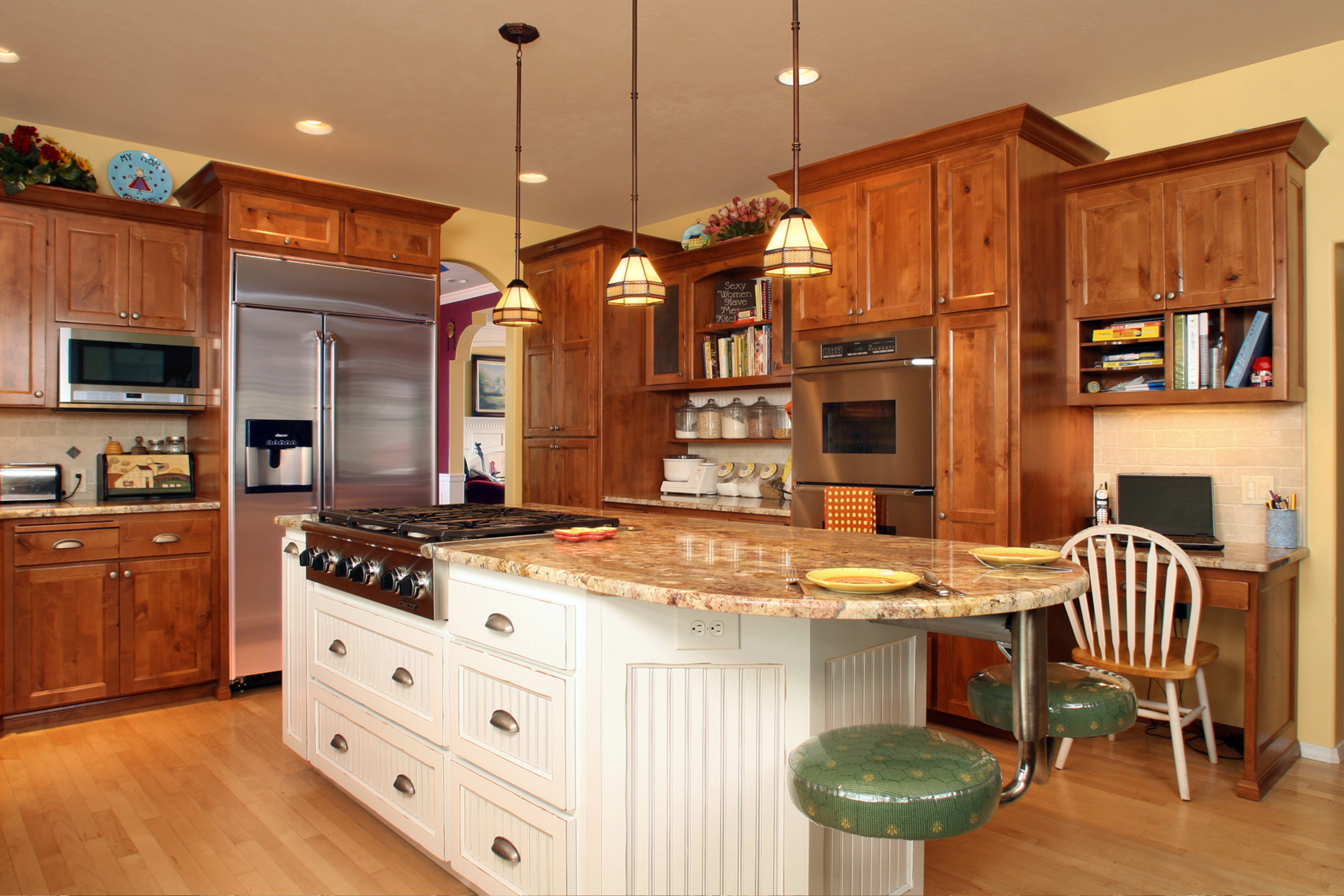 Kitchen cabinets houston kitchen cabinets houston area for Kitchen design 77070